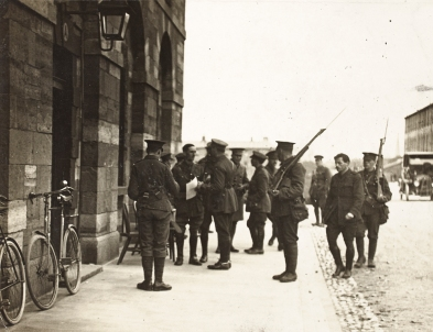 Michael O'Hanrahan being escorted into his court-martial, Richmond Barracks, 3 May 1916. Image: National Library of Ireland